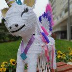 Nadine Pinjate - Pinjata Unicorn